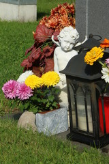 At the Cemetery, am Friedhof