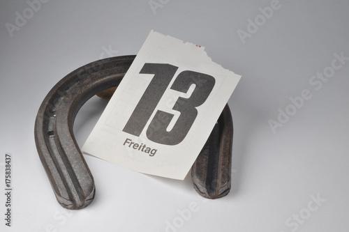Aberglaube Unglück freitag der dreizehnte hufeisen kalenderblatt unglück