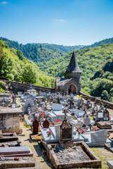 Le cimetière de Conques en Rouergue