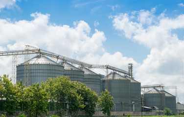 Agricultural Silos  for storage and drying of grains