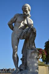 Statue de Marius sur les ruines de Carthage au jardin du Luxembourg à Paris, France