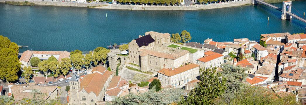 Château de Tournon sur Rhône en Ardèche