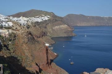 Santorin, île des Cyclades en mer Egée