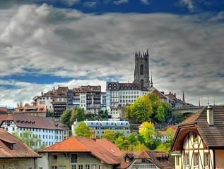 Fribourg, cathédrale et vielle ville, Suisse
