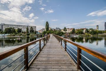 Erholungsgebiet Alte Donau im Sommer in Wien