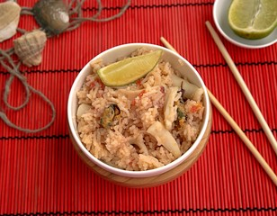 Fragrant and tasty rice with seafood