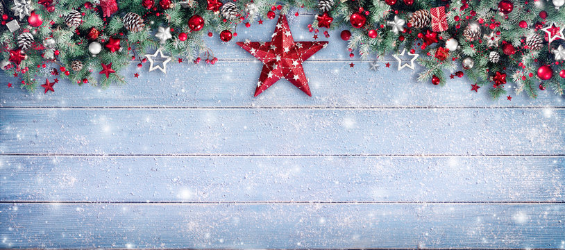 Christmas Border - Fir Branches And Ornament On Snowy Plank