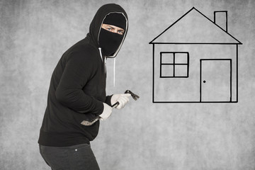 burglary home, crowbar as a tool of crimes