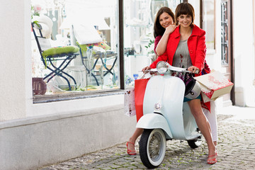 shoppingtour on a motor scooter