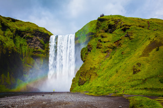 The large rainbow