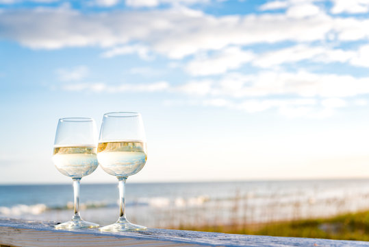 2 Glasses of wine at the beach