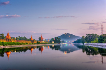 Fototapete - Mandalay, Myanmar at Mandalay Hill