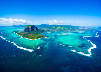 Photo on textile frame Island Aerial view of Mauritius island