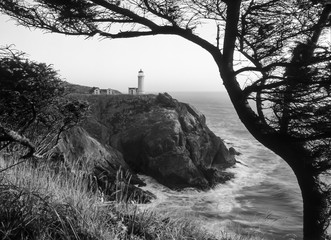 North Head lighthouse in black and white