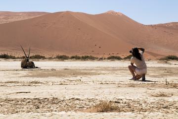 Ragazza nel deserto