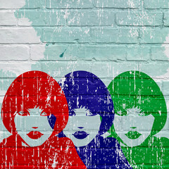 Graffiti, visage rouge, bleu, vert d'une femme