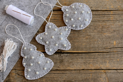 Felt Christmas Decorations To Make Free Patterns.Felt Christmas Decorations Patterns New Gray Felt Fir Tree