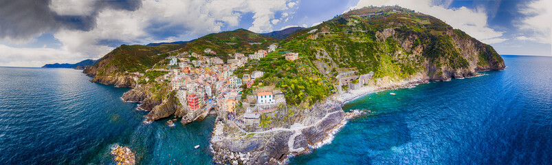 Ligurie Aerial panoramic view of Riomaggiore from the Sea, Five Lands - Liguria - Italy