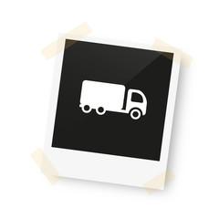 eingeklebtes Foto - Lastwagen