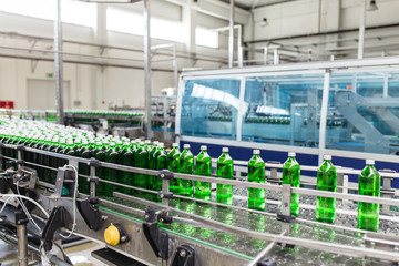 Bottling plant - Water bottling line for processing and bottling pure mineral carbonated water into bottles.