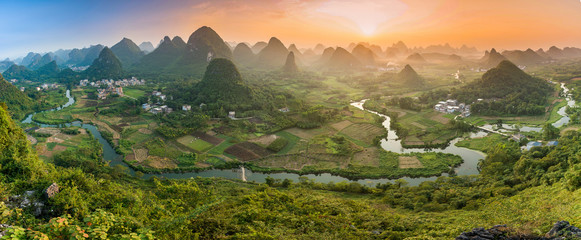 Photo sur cadre textile Guilin Mountains in Guilin - China