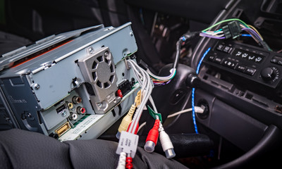 install new 2 din radio in the car