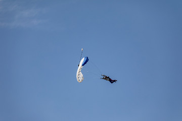 Zelfklevend Fotobehang Luchtsport Skydiver in the sky