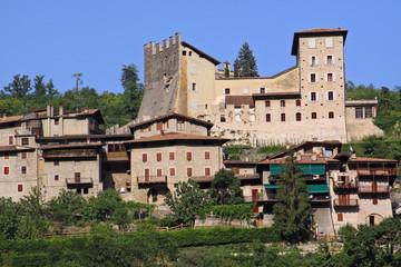 Tenno, castello e borgo medioevale