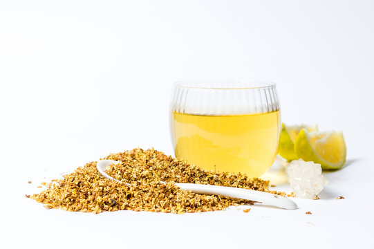 Osmanthus Tea with dried flowers and lemon