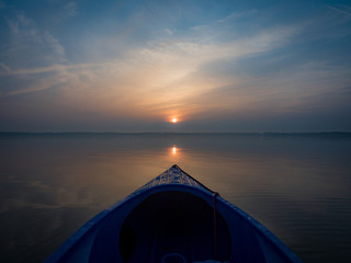 Sonnenaufgang auf dem See