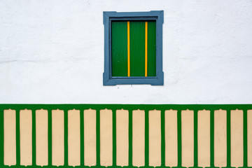 Fototapete - Small Window on Colonial Building