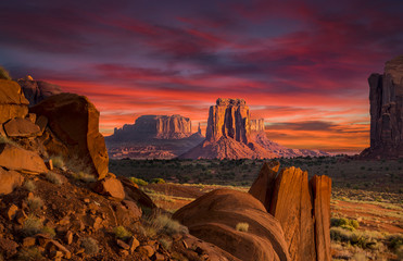 Aluminium Prints Drought Spectacular Sunrise in Monument Valley