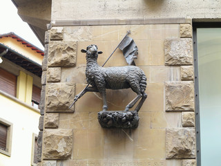 Agnus dei - sculpture of a sheep in Florence, Toscana, Italy