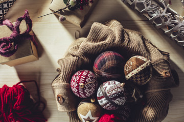 DIY Christmas Ornament Decoration