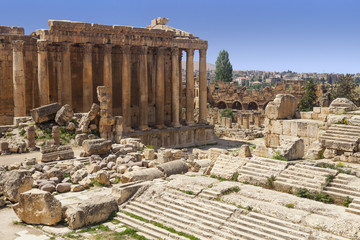 Roman Ruins And Stone Columns - Bacchus Temple In Baalbek, Lebanon