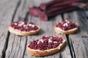 Bruschetta with vegan beet pesto