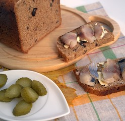 Appetizing sandwiches with herring