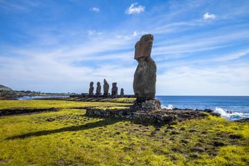 Moais statues, ahu tahai, easter island
