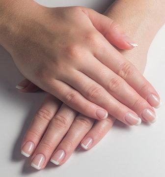 Маникюр. Французский маникюр. лак для ногтей. Красить ногти.