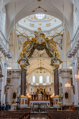 Dans l'église Saint-Bruno des Chartreux de Lyon