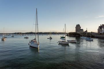 Port de St-Servan et tour de Solidor
