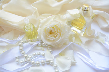 gentle floral fragrance with notes of rose, women's accessories and gifts