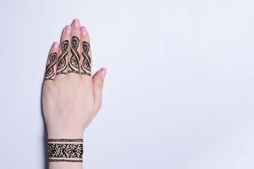 hand with mandala pattern tattoo henna mehendi