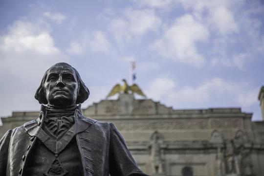 George Washington Statue close-up