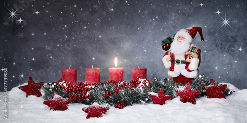 erster advent mit nikolaus stockfotos und lizenzfreie. Black Bedroom Furniture Sets. Home Design Ideas