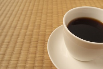 ニッポンのたたみとコーヒー(Japanese tatami matting and coffee)