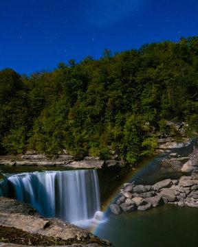 Cumberland Falls Moonbow Night Shot dring Full Moon in Kentucky