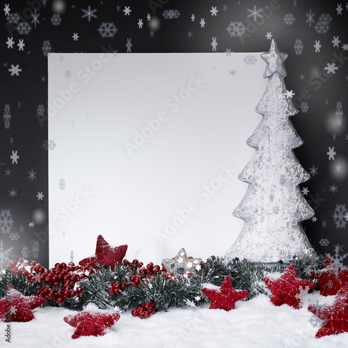 Weihnachtlicher hintergrund mit weihnachtsbaum immagini for Weihnachtlicher hintergrund