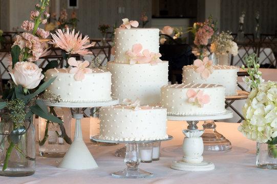 Polka Dot Wedding Cakes