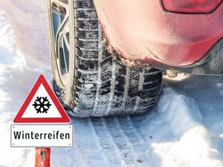 Winterreifen Reifenprofil Warnschild